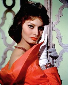 """Learn more about luscious style icon and actress, Sophia Loren (originally """"Sofia"""" Loren) and enjoy our Sophia Loren photo gallery. Star Hollywood, Golden Age Of Hollywood, Hollywood Glamour, Classic Hollywood, Hollywood Actresses, Divas, Sophia Loren Images, Italian Actress, Italian Beauty"""