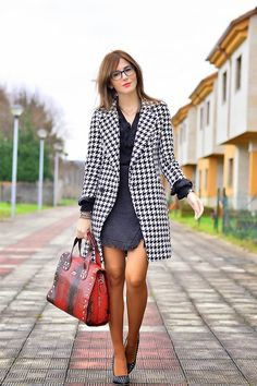Ma Petite by Ana: Blanco y negro Fall Outfits, Cute Outfits, Fashion Colours, More Cute, All About Fashion, Get The Look, Lifestyle Blog, What To Wear, Blazer
