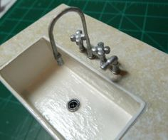 How to make a sink in miniature