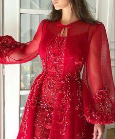 الثانية بعد منتصف الليل، يرفع، الطبيب النفسيّ لغرفة الطوارىء، عينيه ع… #عشوائي # عشوائي # amreading # books # wattpad Embroidery Fashion, Embroidery Dress, Hand Embroidery, Embroidery Designs, Dress Outfits, Fashion Dresses, Red Fashion, Hijab Dress Party, Evening Dresses