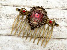 Steampunk Haarkamm mit Drachenauge in rot braun von Schmucktruhe