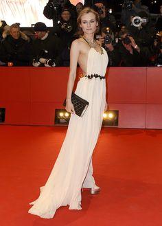 Diane Kruger wearing a Vionnet dress & a Chanel book clutch. Joshua Jackson is a lucky man.