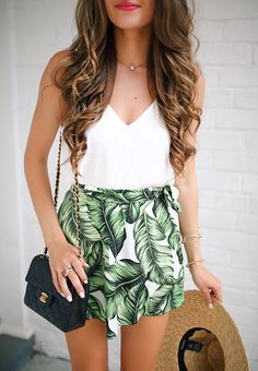 Palm Print Skort – MetI - Source by EmilyRatajkow. - Palm Print Skort – MetI – Source by EmilyRatajkow outfits - Vintage Summer Outfits, Hawaii Outfits, Stylish Summer Outfits, Honeymoon Outfits, Spring Outfits, Summer Dresses, Cancun Outfits, Casual Summer, Summer Outfits For Vacation