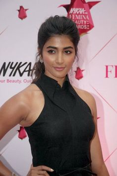 Bollywood actress Pooja Hegde spotted at Femina Beauty Awards - Photo Gallery Bollywood Actress Hot Photos, Indian Actress Photos, Most Beautiful Indian Actress, Beautiful Actresses, Hot Actresses, Indian Actresses, Indian Armpit, Beauty Awards, Indian Beauty Saree