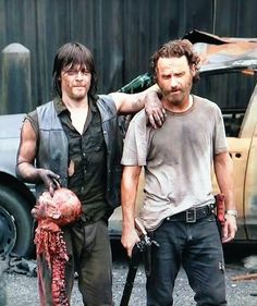 #TheWalkingDead #Crossed @wwwbigbaldhead #AndrewLincoln
