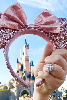27 Disney Proposal Ideas For Your Fairy Tale ❤️ Disney proposal ideas are al. 27 Disney Proposal I Disney Engagement Pictures, Disney Engagement Rings, Cute Disney Pictures, Winter Engagement, Wedding Pictures, Disney World Proposal, Disneyland Proposal, Disneyland Paris, Disney Honeymoon