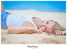 www.rightframe.net – Oahu Senior photography at Lanikai Beach, Honolulu, Hawaii, portrait, portraits, ideas, idea, waikiki, hawaiian , photo, pictures, photos, pose, poses, posing, session, fun, seniors, High school, college, graduation, Waimanalo, Bellows, girl, girls, Kailua.