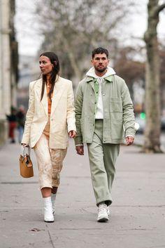 Alice Barbier wears a white blazer jacket, cropped pants, white. 1950s Jacket Mens, Cargo Jacket Mens, Grey Bomber Jacket, Green Cargo Jacket, Blazer Jacket, Green Pants, Leather Jacket, Couple Look, Couple Style