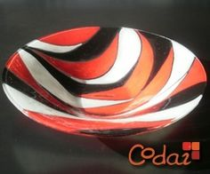 centro de mesa - vitrofusión Fused Glass Plates, Fused Glass Art, Murano Glass, Stained Glass, Watercolor Paintings For Beginners, Hand Painted Furniture, Hand Blown Glass, Glass Panels, Glass Jewelry