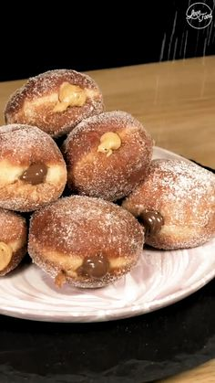 These super stuffed donuts are looking like any sweet tooths dream I need 5 of them now! Donut Recipes, Baking Recipes, Snack Recipes, Dessert Recipes, Delicious Desserts, Yummy Food, Food Cravings, Diy Food, Food Dishes