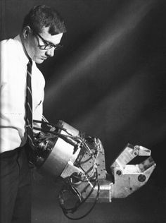 Hardiman I, the first attempt to build a powered exoskeleton, by General Electric in 1965
