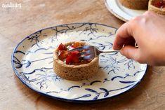 Jablkové tartaletky so slaným karamelom - Coolinári Blog, Basket, Blogging