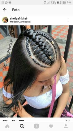 Easy & Trending Braids Frisuren-Ideen The post Easy & Trending Braids Frisuren-Ideen appeared first on Italy Moda. Little Girl Hairstyles, Pretty Hairstyles, Braided Hairstyles, Hairstyle Ideas, Black Hairstyles, Curly Hair Styles, Natural Hair Styles, Baddie Hairstyles, Pinterest Hair