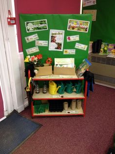 I like the setup with the shelving unit and the board behind 🤔 Dramatic Play Themes, Dramatic Play Area, Dramatic Play Centers, Daycare Themes, Preschool Themes, Link And Learn, Prop Box, Role Play Areas, Plant Science