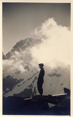 +~+~ Vintage Photograph ~+~+  Mountain climber by Giorgio Malagodi ca. 1950