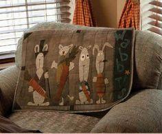 WABBITS by Primitive Pieces by Lynda at http://www.primitivepiecesbylynda.com