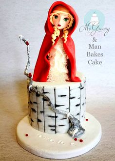 Little Red Riding Hood Cake - Amazing!! LOVE the footprints!!!