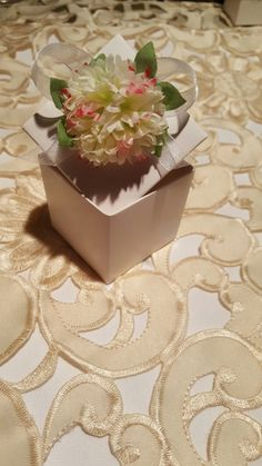 Newest free ship wedding decorate candy paper box diycake package wedding favor candy box event sweet candy box birthday gift boxbridal shower negle Images