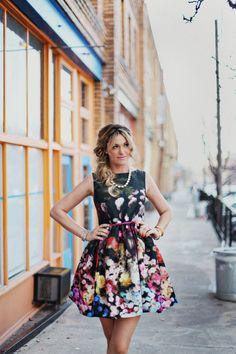 Imagen de http://alwaysintrend.com/wp-content/uploads/2014/05/Floral-Dress-3.jpg.