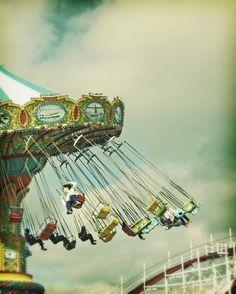 love love love this fair ground ride!!