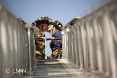 Kissing at the top of the ladder Firefighter Engagement Pictures, Engagement Couple, Wedding Engagement, Engagement Session, Fireman Wedding, Firefighter Wedding, Firefighter Family, Volunteer Firefighter, Couple Photography
