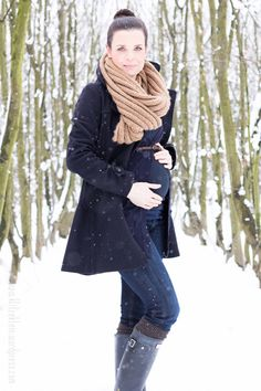 Great winter maternity shot idea for all my photographer friends