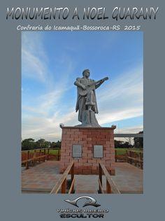 Monumento feito manualmente em concreto armado. Com quatro metros de altura(cabeça aos pés) e pesando aproximadamente 4.700 kg. Localizado na cidade de Bossoroca, Região das Missões, Rio Grande do Sul, Brasil. Escultor: Vinícius Ribeiro.