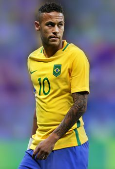 brazil, soccer in disrepute due Brazil cheats bye bye neymar your cheating ,diving aresole basturd l Brazil Football Team, Olympic Football, Neymar Jr, Neymar Images, Fc Barcelona Neymar, Soccer Drawing, Neymar Brazil, Football Tournament, Soccer World