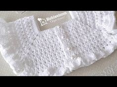 This Pin was discovered by Mar Knitted Baby Clothes, Baby Hats Knitting, Knitting For Kids, Baby Knitting Patterns, Crochet For Kids, Crochet Patterns, Pull Crochet, Crochet Yoke, Crochet Fabric