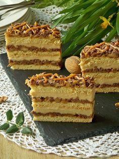 My simple kitchen: Pani Walewska Pastry Recipes, Baking Recipes, Cake Recipes, Dessert Recipes, Potica Bread Recipe, Good Food, Yummy Food, Traditional Cakes, Breakfast Menu