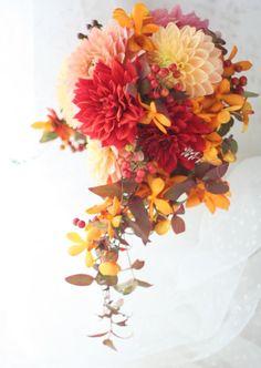 ブーケ クレッセント 秋のダリア ジョエル・ロブション様へ : 一会 ウエディングの花