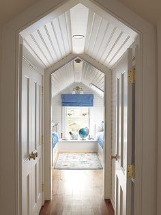 6 Nice Clever Tips: Finished Attic Bath attic bedroom blue.Attic Closet Walk In attic kitchen offices. Attic Renovation, Attic Remodel, Attic Bedrooms, Kids Bedroom, Kids Rooms, Bedroom Ideas, Ceiling Finishes, Attic Playroom, Attic Office