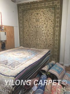 Persian rug Oriental Turkish carpet hand knotted silk rugs Tabriz rugs hereke area rugs double knots in size from 2'x3' to 14'x20' are handmade in Yilong Carpet. Color: Blue, Yellow, Pink, Beige, Light and green. Floral, patchwork Pattern.   Flower, Birds, Tree of life, horse, Medallion, four season, garden the Last Supper and hunting design, Muslim prayer rugs and Christian prayer rugs Space: bedroom, living room, dining room and kitchen. hand knotted silk carpets and wool silk carpets…