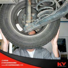 Unos amortiguadores gastados harán que tu coche rebote de más lo que ocasionará que tu auto pierda estabilidad. #TipKV