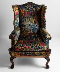 Wingback Armchair, Upholstered Chairs, Vintage Armchair, Furniture Decor, Furniture Design, Interior Decorating, Interior Design, Interior Exterior, Home Furnishings