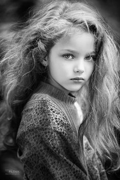 When it comes to portrait photography, it's hard to argue with the maxim that 'it's all about the eyes.' Here are 21 portraits that'll make it even harder. Cute Photography, Children Photography, Portrait Photography, Nature Photography, Fashion Photography, Foto Portrait, She Was Beautiful, Beautiful Children, Belle Photo