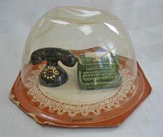 Vintage Arcadia Ceramics Miniature Novelty Salt and Pepper Shakers -- Original Dome Package circa 1950-60s