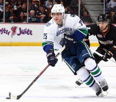 Mike Santorelli #25 Canada Hockey, Hockey Sticks, Vancouver Canucks, Nhl, Olympics, Sports, Hs Sports, Ice Hockey Sticks, Sport