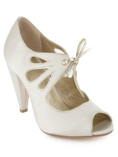 Seychelles I Do Shoes, size 10 $90 bridesmaids, white shoes, idea, old fashioned shoes, cloth, style, dress, bridesmaid shoes, seychelles