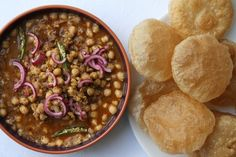 Khatte Chole – Spiced chickpea curry with chilli, fresh ginger and mango powder