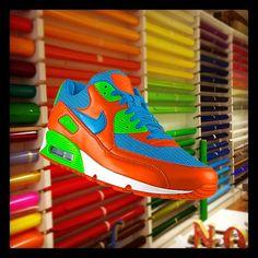 #airmax iD vinyl designed with Nike PHOTOiD: http://photoid.nike.com/shoe-detail/121074.htm