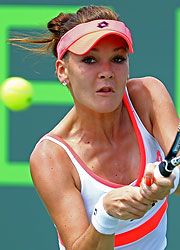 Fourth-seeded Sony Open Defending Champion Agnieszka Radwanska was tested by Magdalena Rybarikova, but came through with a 7-6(5), 2-6, 6-3 victory in 2hrs & 23 mins. Na Li beat Varvara Lepchenko 6-2, 6-4; Ajla Tomljanovic upset 2011 semifinalist Andrea Petkovic 0-6, 6-4, 7-6(1).