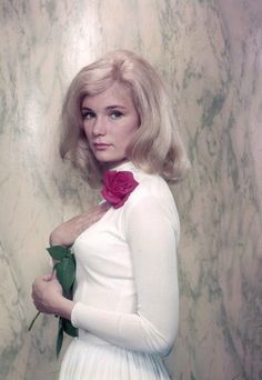 Yvette Mimieux Sherry Jackson, Old Hollywood Glamour, Golden Age Of Hollywood, Classic Hollywood, Classic Actresses, Beautiful Actresses, Actors & Actresses, Yvonne Craig, Anna Karina
