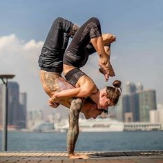 From @adellbridgesyoga -  Yogi hugs with @dylanwerneryoga  To me this photo is capturing what Trust looks like because that was where the challenge was for me to do this. It also helped to fall a few times and realise it wasn't going to result in total faceplant! Sometimes we just need to fall a few times to realise that failing on the way towards a goal shouldn't stop us from trying . . See @dylanwerneryoga's page for the video of how we got this (including how to fall!)…