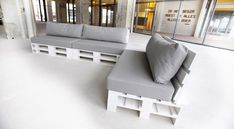 Kussens op Maat - Topkwaliteit Tuinkussens op Maat! Decor, Furniture, Home, Storage Bench, House Styles, Storage, Bench