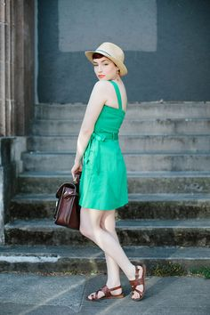 'Tulips and An Emerald Dress' by Endlessly Enraptured #endlesslyenraptured #fashion #portrait #streetstyle