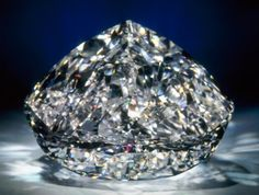 Centenary white diamond -DeBeers - considered the most perfect of all diamonds in the world Crystals Minerals, Rocks And Minerals, Diamond Gemstone, Diamond Jewelry, Krystal, Diamond Clarity, Rough Diamond, Crown Jewels, Diamond Are A Girls Best Friend