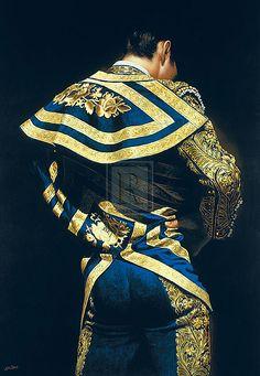 Traje de luces con capote de paseo~ Traditional style suit.