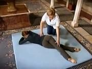 Cviky na bedrové klby a sedacie svaly - cviky v ľahu na bruchu