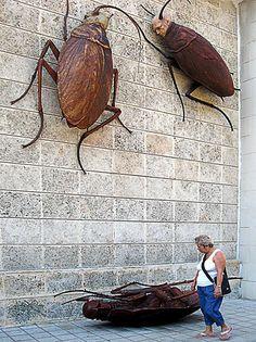 Obra del artista cubano Roberto Fabelo. (Foto: Raquel Pérez)